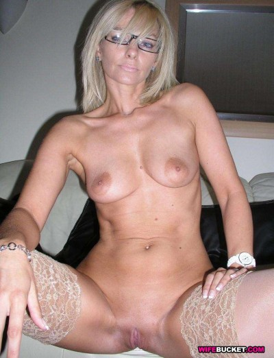 Naked real wife