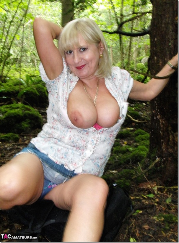 mature-gilf-charlotte-spencer-collection-of-boob-pics